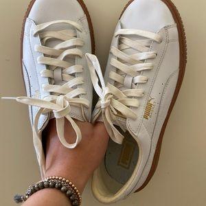 Puma basket platform sneakers. Never worn!